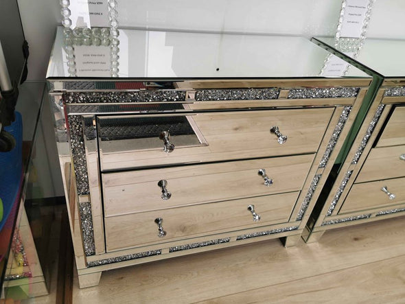 3 Drawers Mirrored Chest with Crushed Diamonds