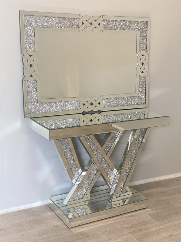 NEW ARRIVAL! Crushed Diamond W Console Table with Matching Wall Mirror