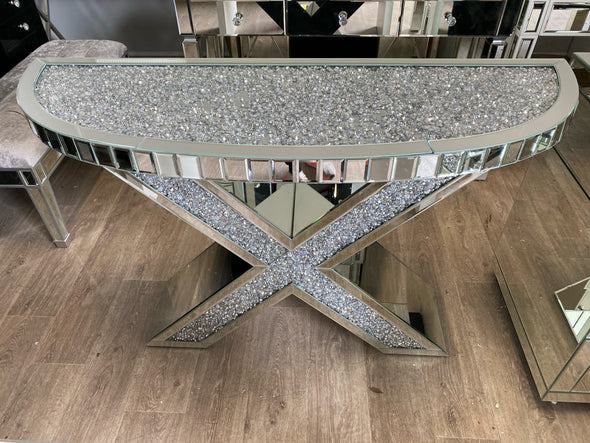 XENO Console / Hallway Table with Crushed Diamond