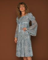 Vintage Patchwork Print Bell Sleeve Dress (4/6)