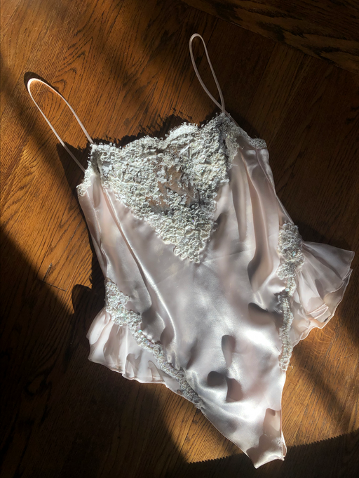 Vintage Light Pink Lace Bodysuit (M)