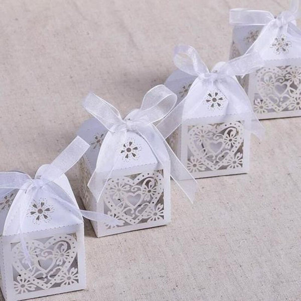 100 Pc. Heart Carriage Favors Candy Boxes