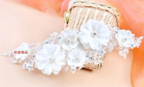 Pearl White Lace Big Flowers Hairband -  100007319 - ShaadiMagic