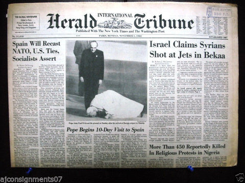 International Herald Tribune {Pope John Paul II Madrid} Newspaper 1982