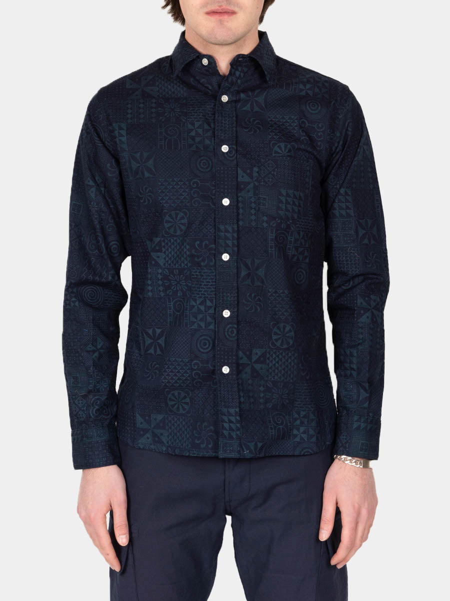 geo print, bd shirt, navy, 3sixteen, on model front view