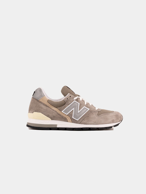 mens sneaker, premium new balance, grey, suede and mesh, M996