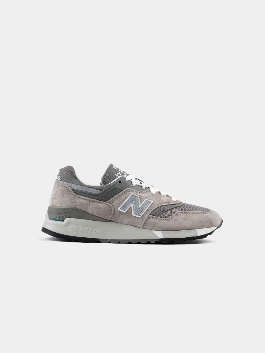 mens premium sneaker, grey suede, mesh, comfort shoe, classic style, New Balance