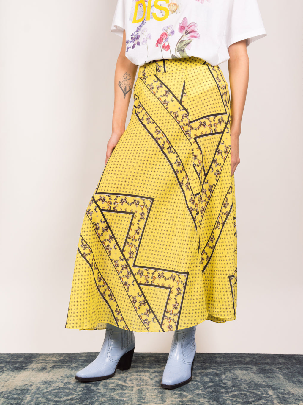 Ganni womens silk skirt in mix print, yellow and black print
