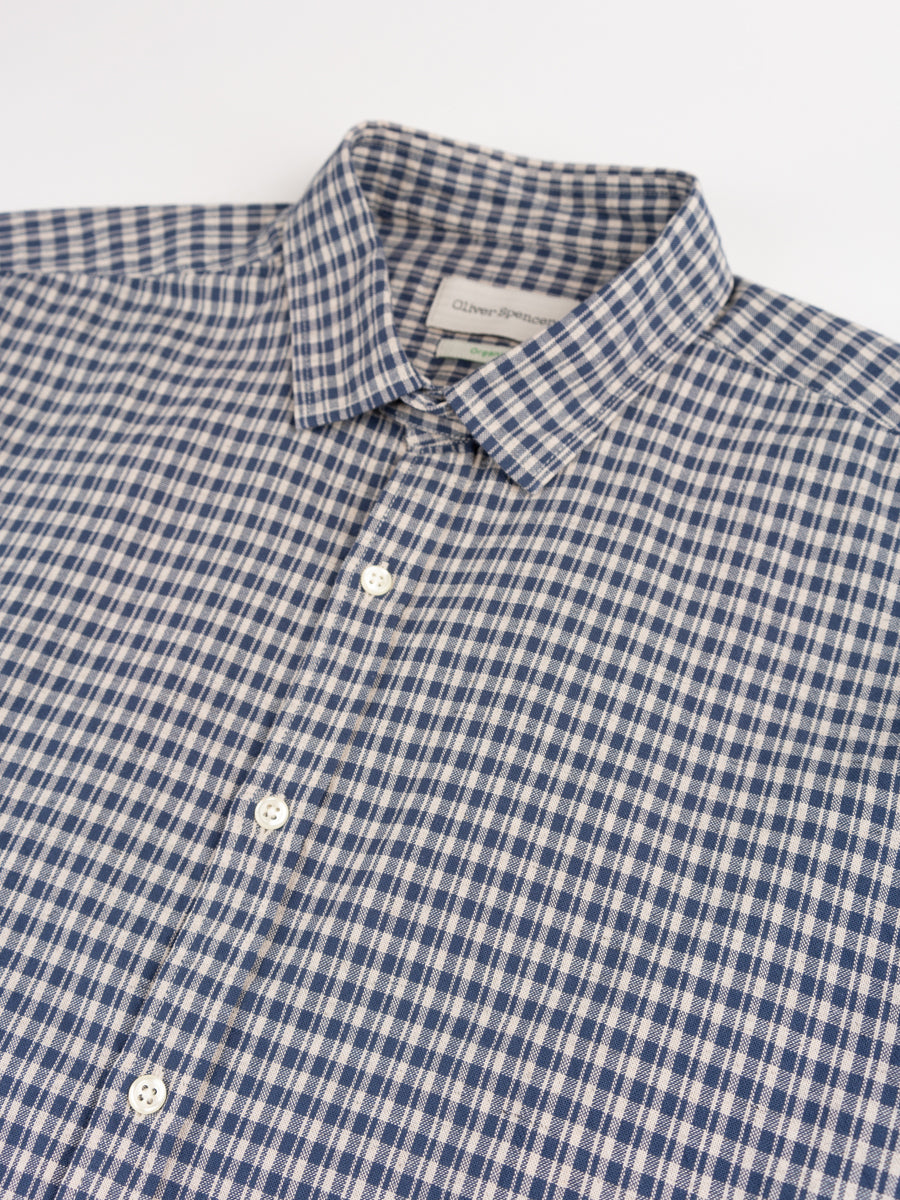 clerkenwell tab shirt, thorndon blue, oliver spencer, collar detail