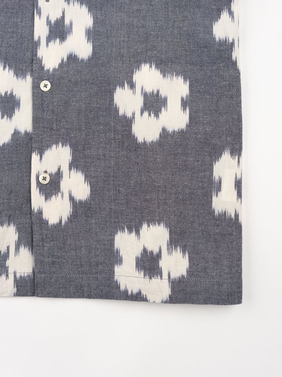 road shirt, grey, ikat flower, universal works, front view, pattern detail