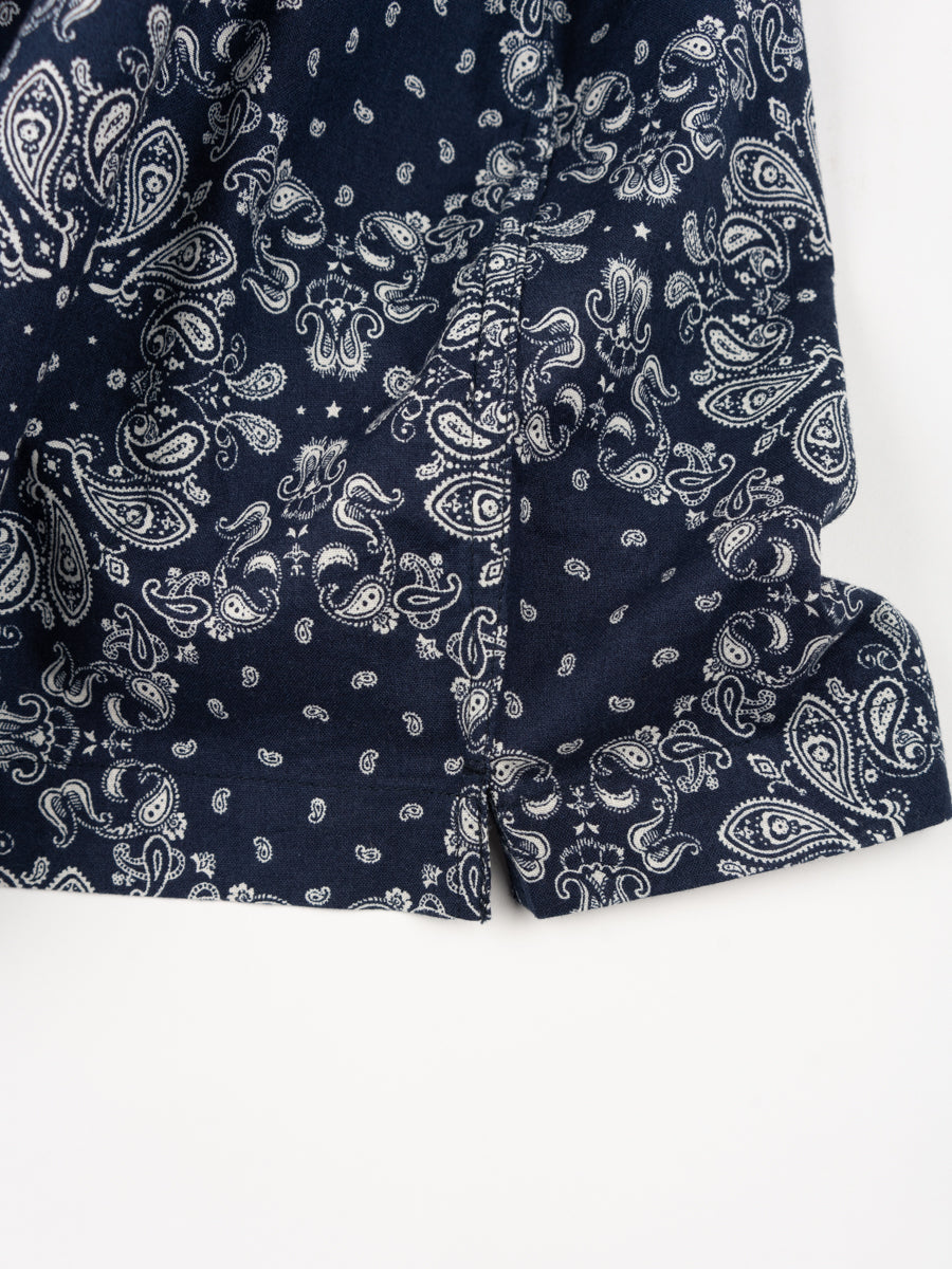 utility shirt, short sleeve, navy, bandana cotton, universal works, split hem detail