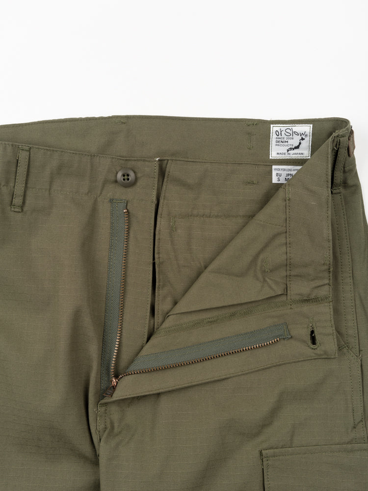 slim fit, 6 pocket cargo pants, army green, orslow, zip closure