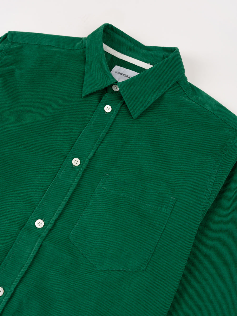 Osvald Corduroy, sporting green, norse projects, front collar detail