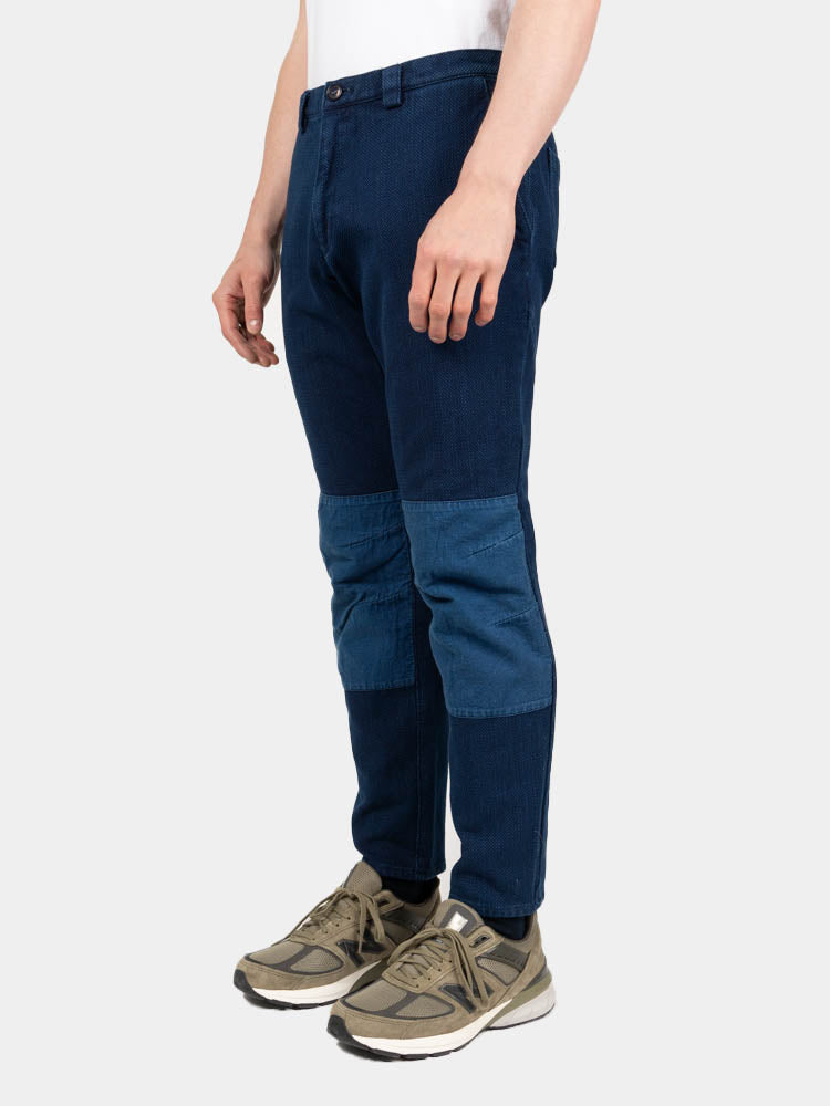 sashiko, knee patch farmers pants, pure indigo, blue blue japan, on model side view