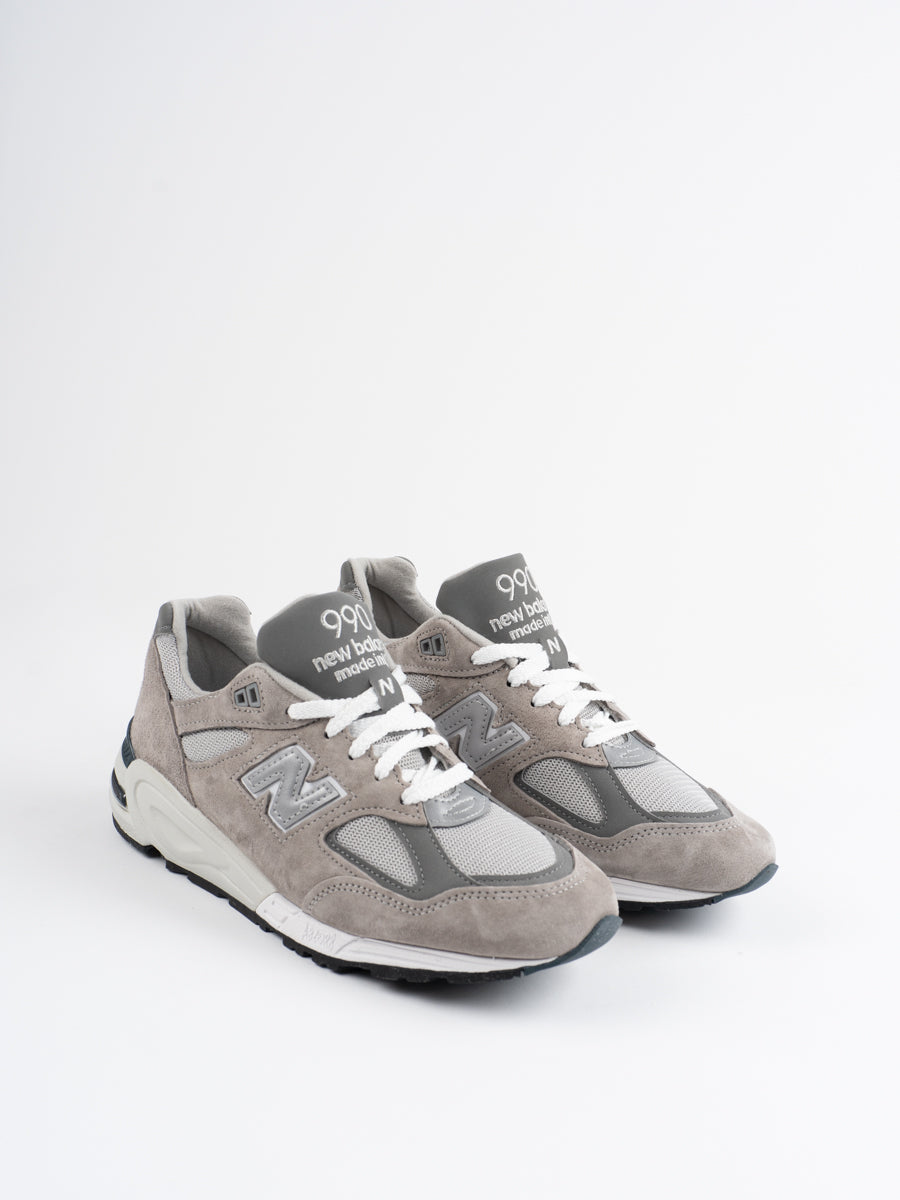 m990gr2, grey, sneaker, new balance, side view