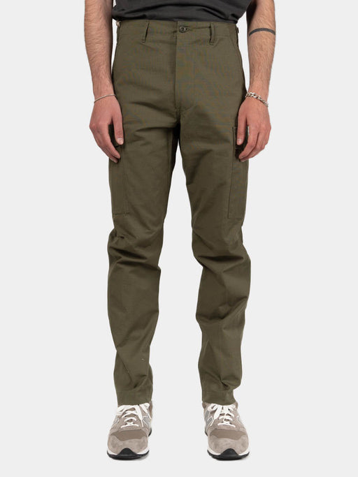slim fit, 6 pocket cargo pants, original ripstop, army green, orslow, on model front