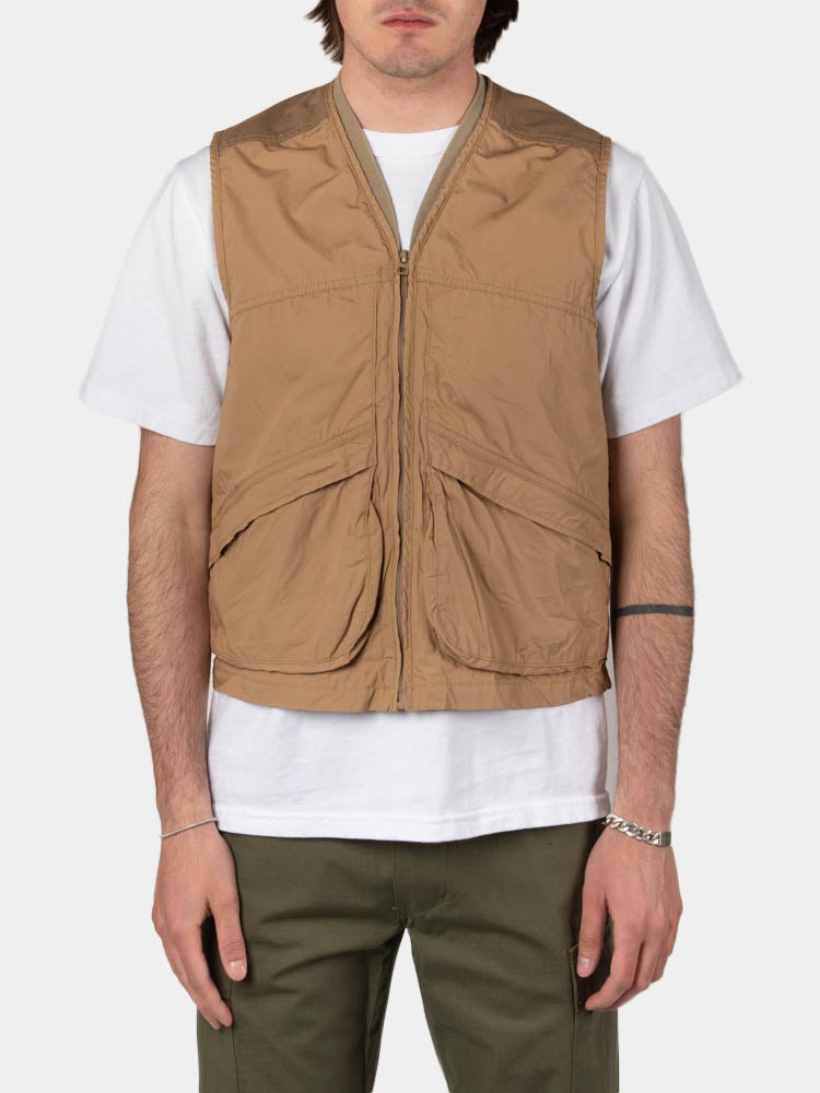 utility vest, khaki, orslow, on model front view