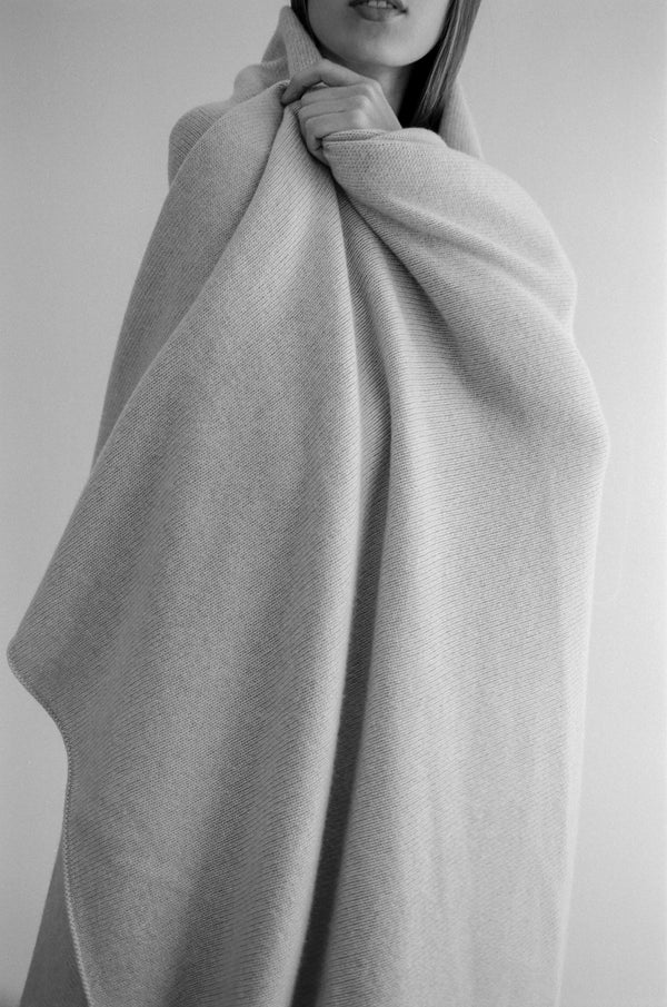 Oversized Cashmere Throws