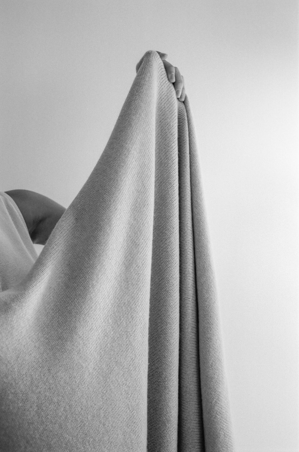 Bespoke Oversized Cashmere Throw - Custom Colors Made to Order (8-Week Lead Time)