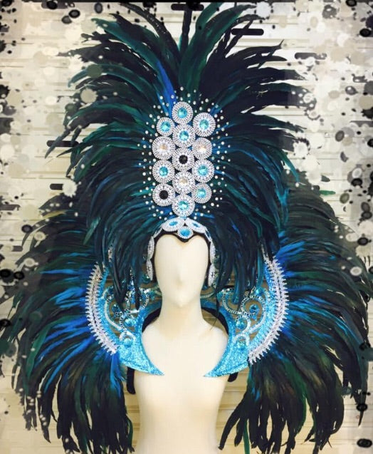 Drag Queen Headdress and Collar-Queenofdrag.com