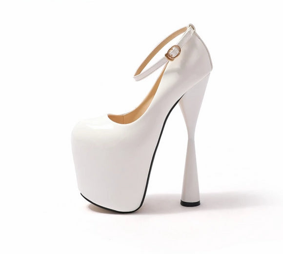 Halo - Drag Queen Platform Shoes in black or white - plus size-Queenofdrag.com