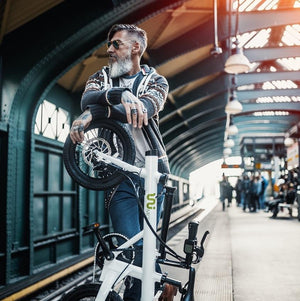 Cool urban folding e-bike for commuters