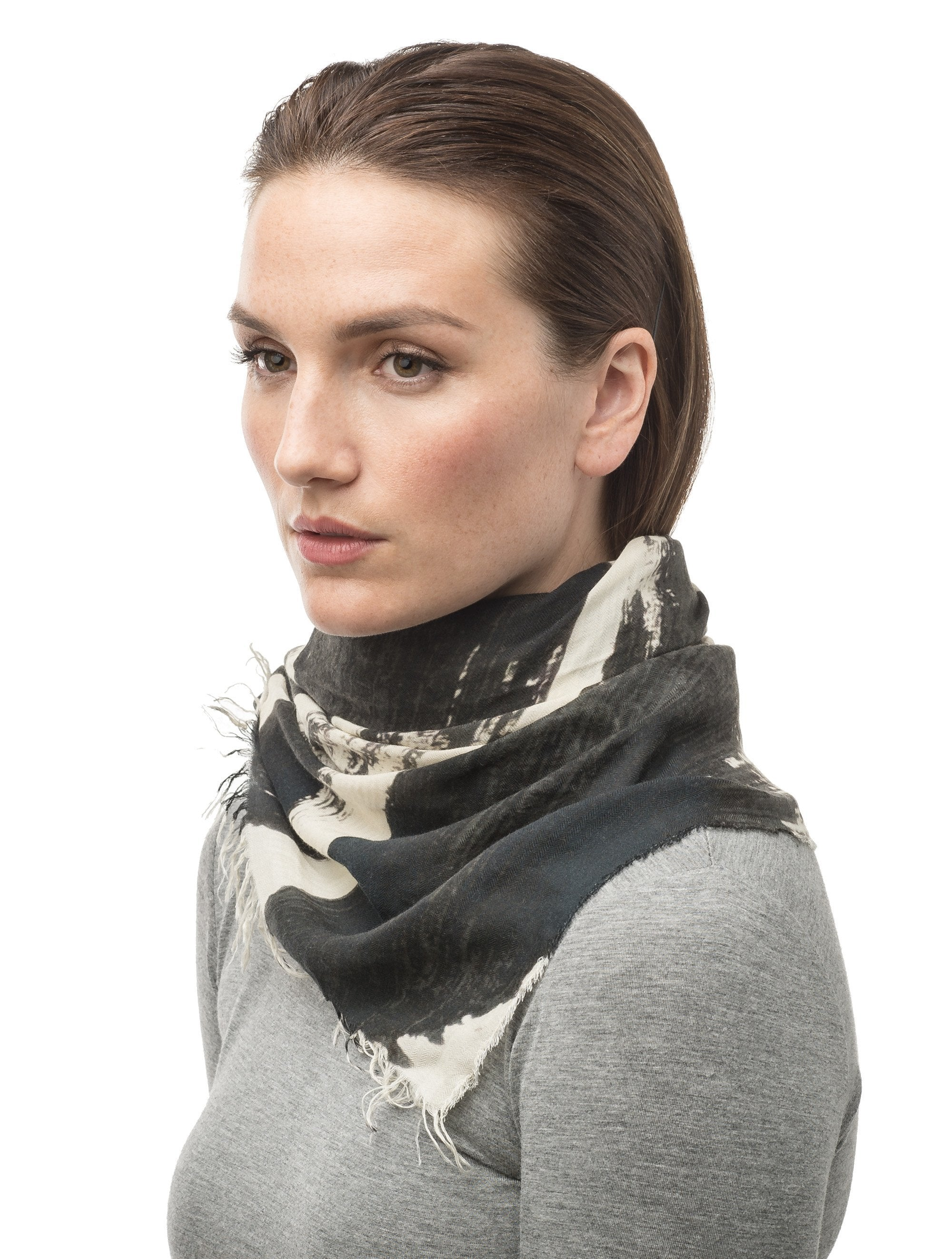 Square modal cashmere blend scarf with fringe edges in a contrast Black print | color