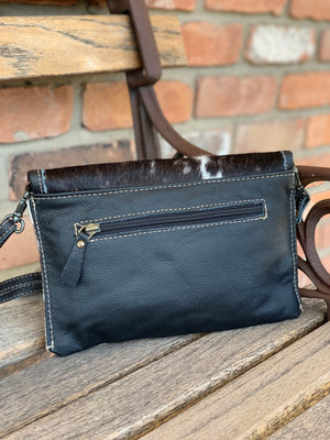 Wilder Clutch Dark Brown