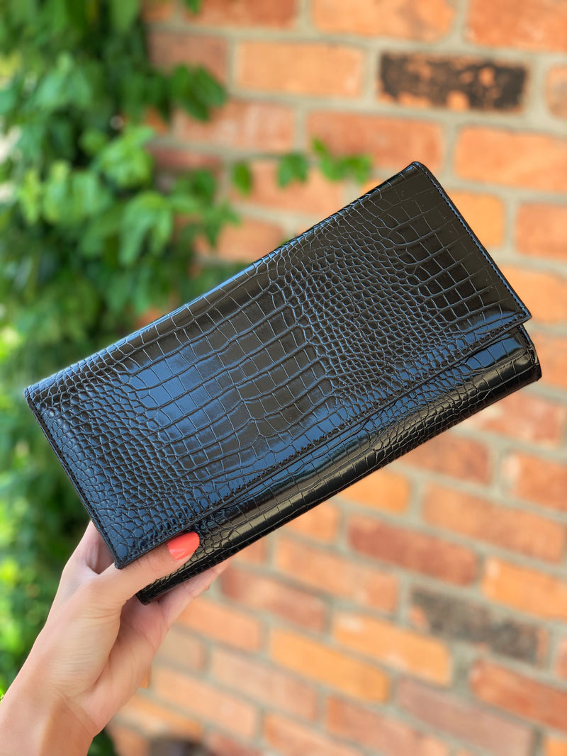 Kiss Clutch Black