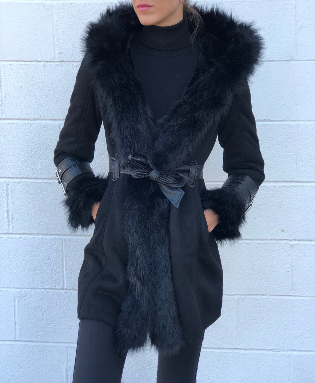 Yukon Faux Fur Coat Black
