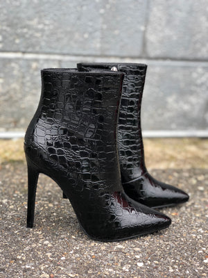 Paulina Black Croco