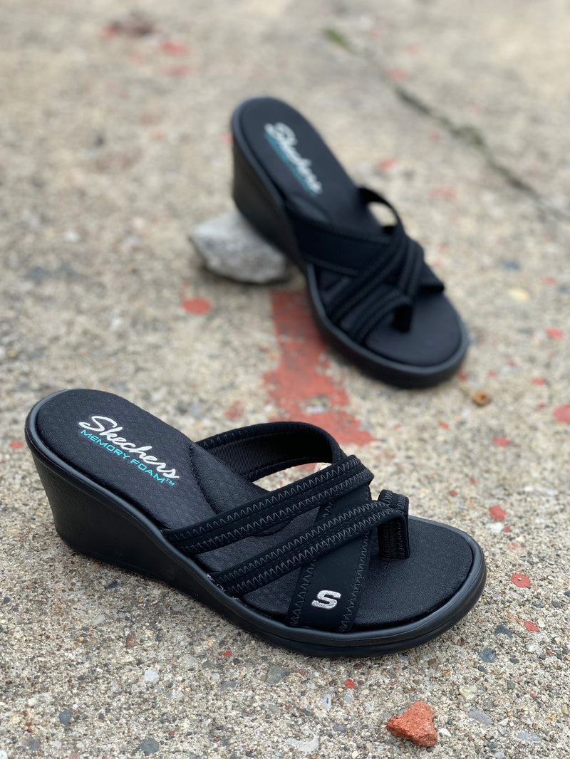 Skechers Rumblers Young At Heart Black