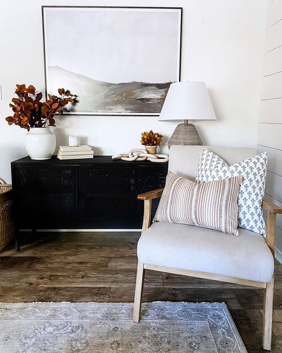 Vintage Artwork / Console Table Styling / Fall Design Inspiration