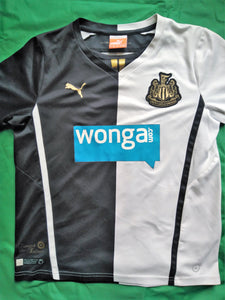 NEWCASTLE UNITED Shirts + DOG COAT conversion-Personalised-Waterproof-All Teams