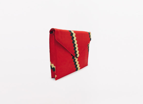 HEY ANNA OVERSIZED ENVELOPE CLUTCH