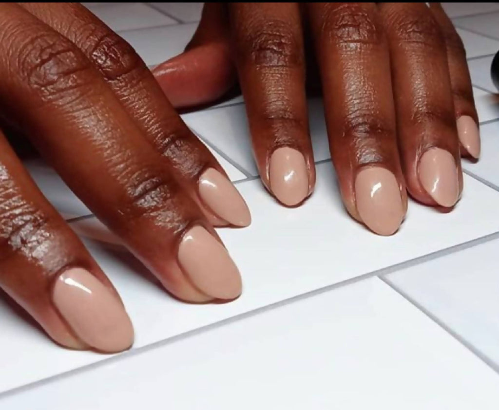 Post 21's Pear Nova Vegan, non-toxic, cruelty free nail lacquer in beige creme color.