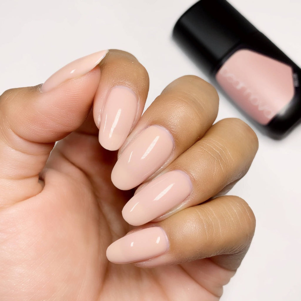 Black owned, vegan, non-toxic, and cruelty free nail lacquer gel in blush creme color.