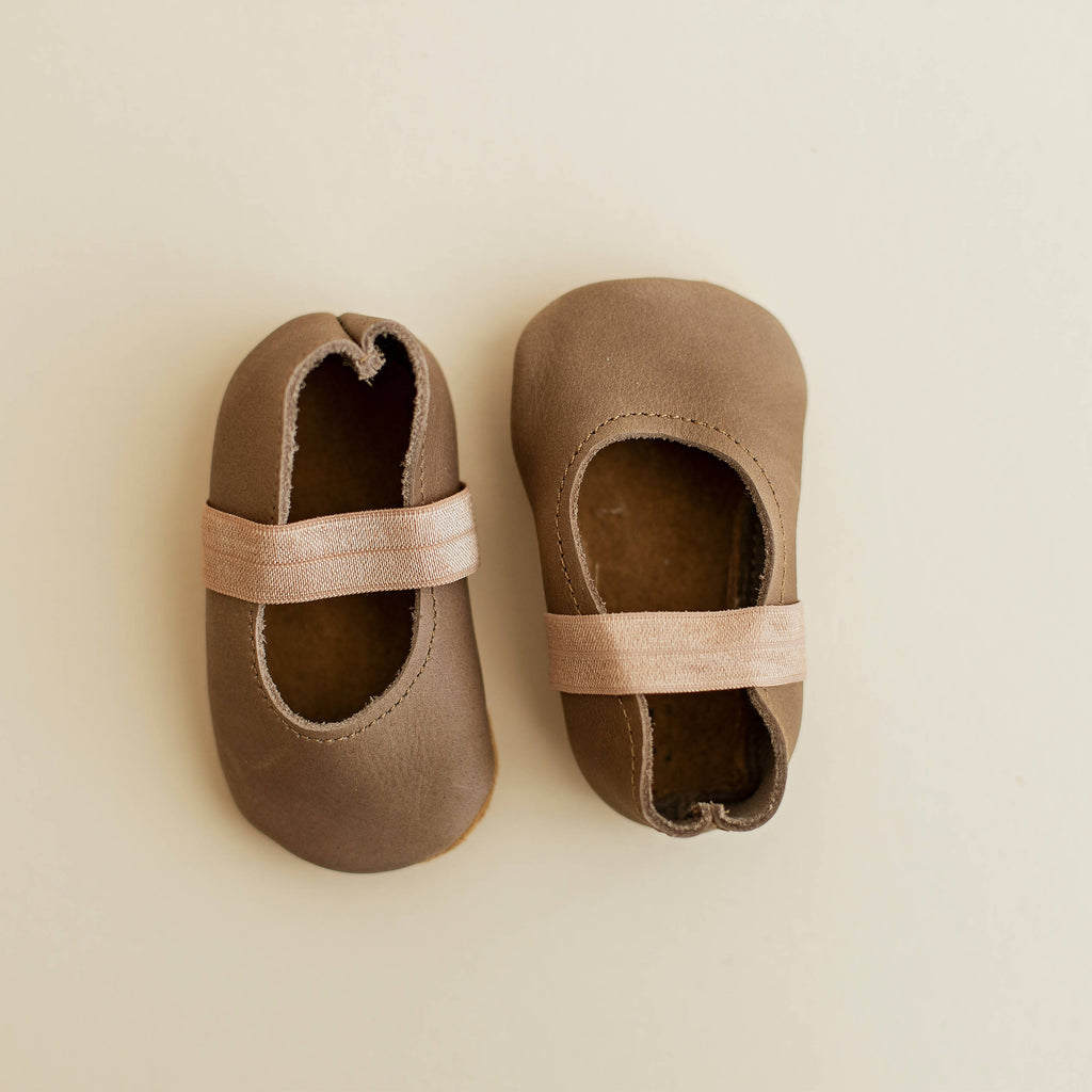 Handmade 100% leather Mary Jane baby shoes. Soft sole suede design.