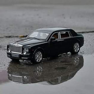 1:24 Rolls Royce Phantom Die-Cast