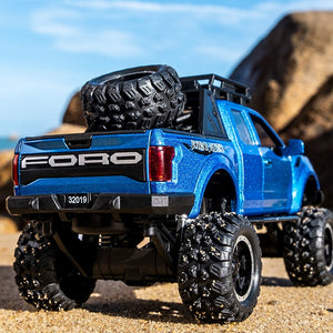 1:32 Ford Raptor F150 Modified Version Die-Cast