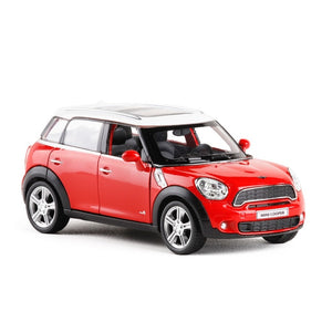 1:36 MINI Cooper Countryman Die-Cast