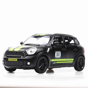 1:32 Custom Mini Cooper Countryman Die-Cast