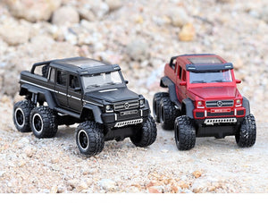1:32 Mercedes G63 6X6 Die-Cast