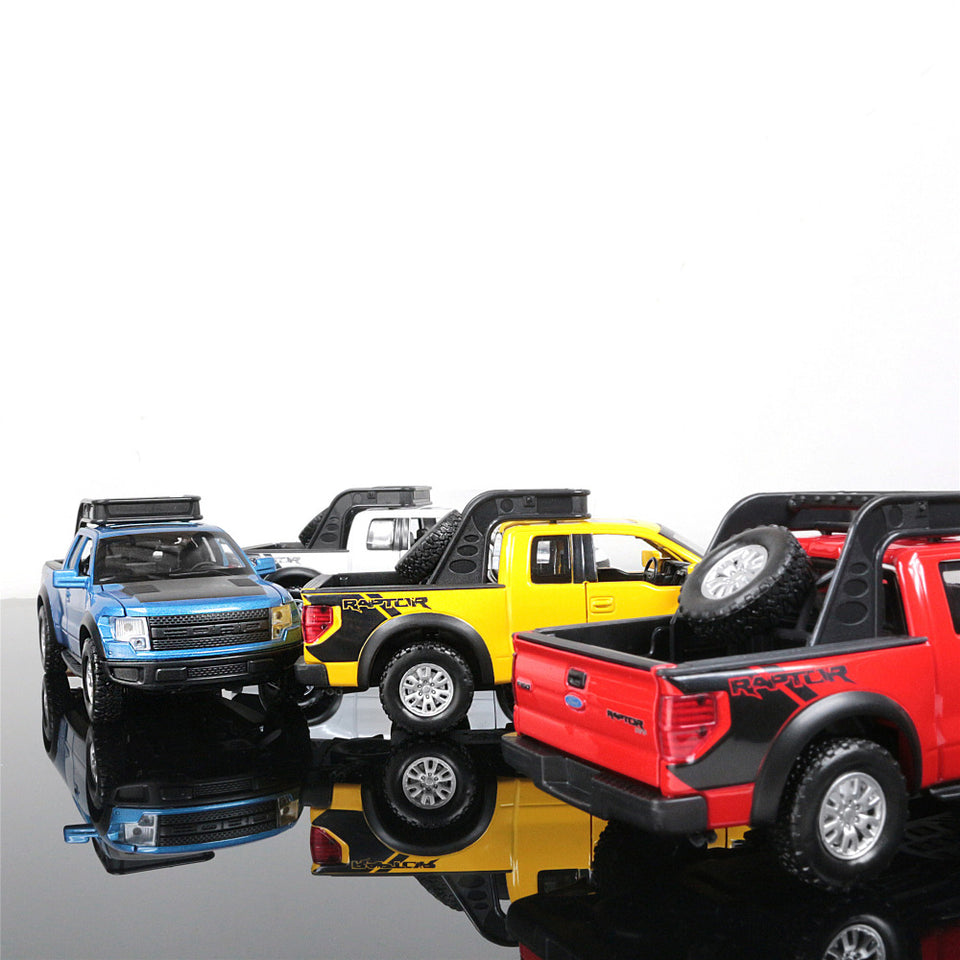 1:32 Ford F150 Raptor Pickup Truck Die-Cast
