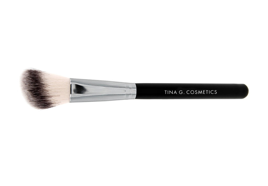 Brush: Countour Fluff Blush/Bronzer