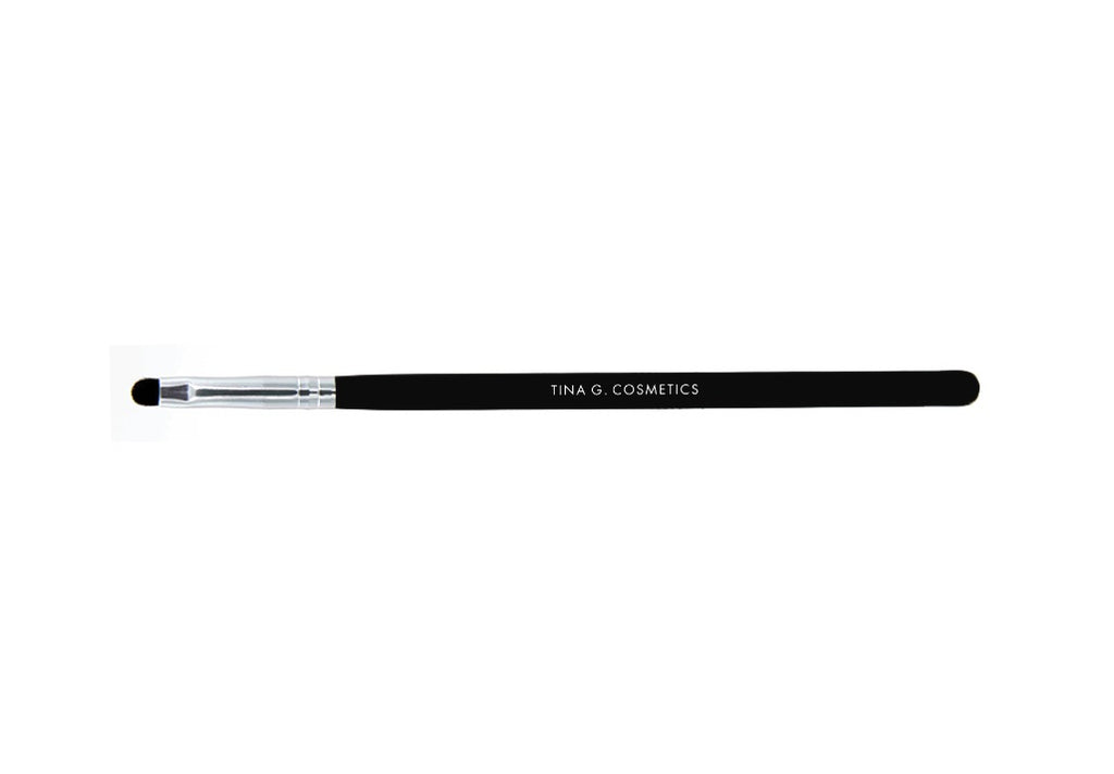 Brush: Line/Smudge Eyeliner Brush