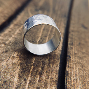 Classic Hammered Band - The Jewelry Shop
