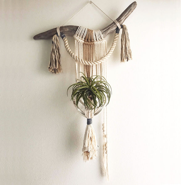 "Macrame Hanging Planter ""The Nostalgia"""