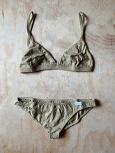 Load image into Gallery viewer, Bikini briefs - Olive