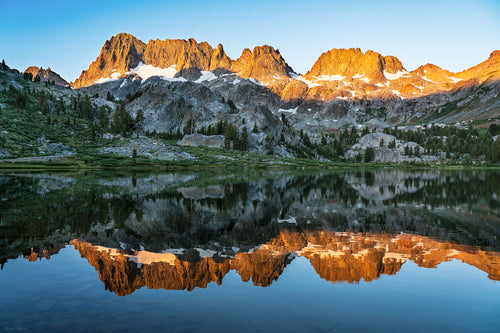 Sunrise on the Minarets from Ediza Lake